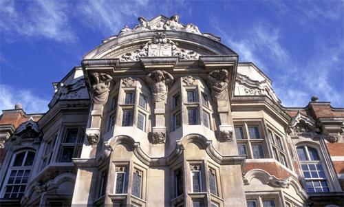 伦敦艺术大学校景